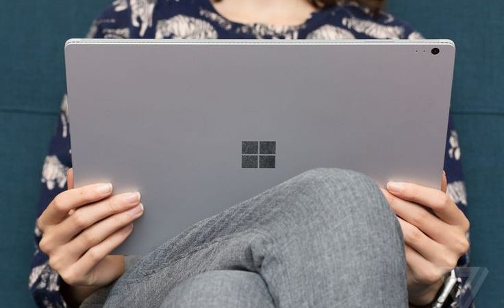 Un Surface Book salva una vita fermando un proiettile